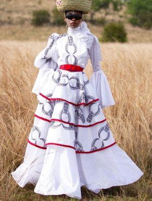 Inkomo yabenguni layered dress