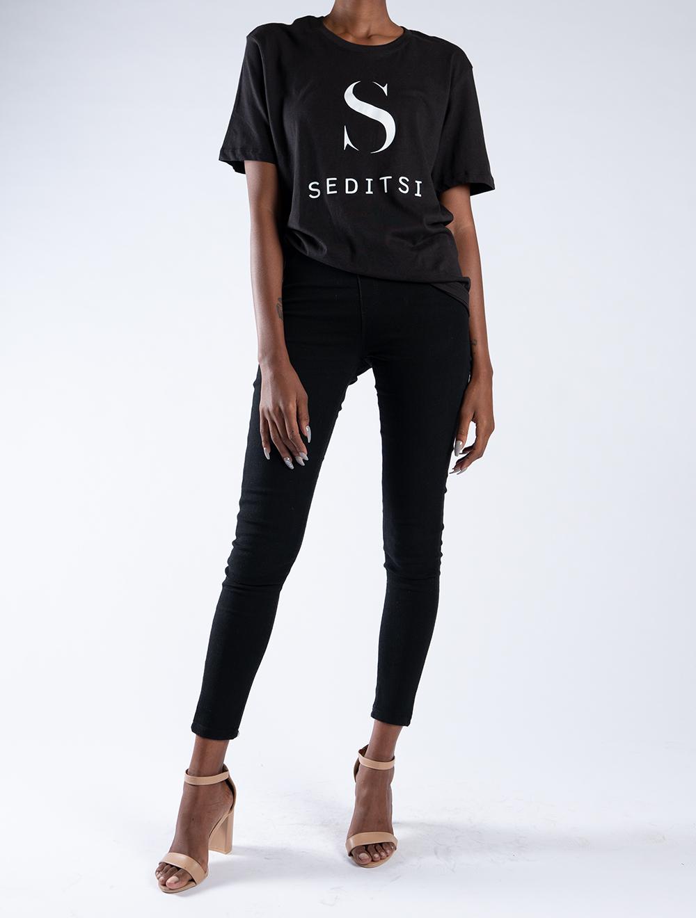 Seditsi Original Ladies T-shirt – Black – Front